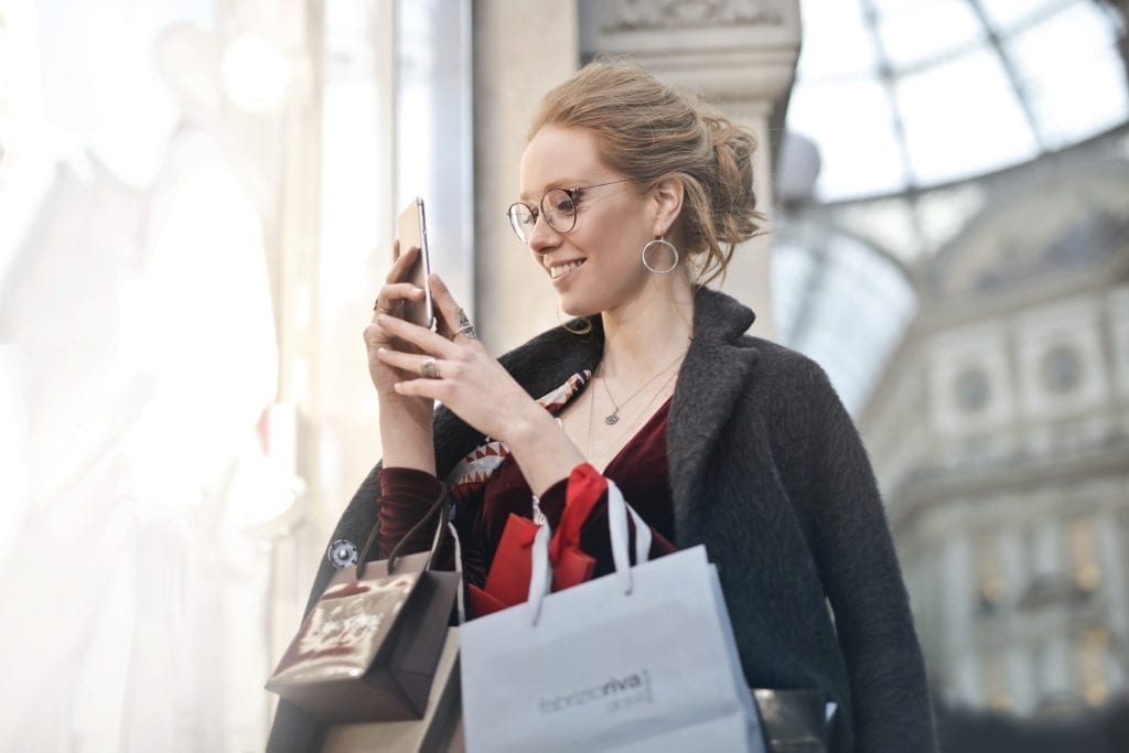 photo-of-woman-holding-her-phone-994197